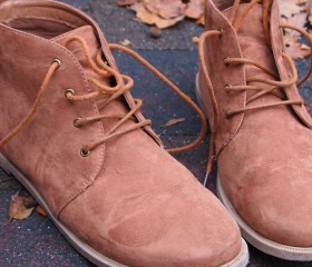 limpiar botas de ante