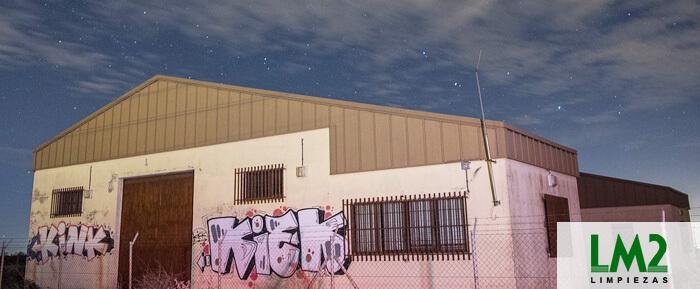 C mo limpiar las paredes pintadas con graffitis - Como limpiar paredes pintadas ...