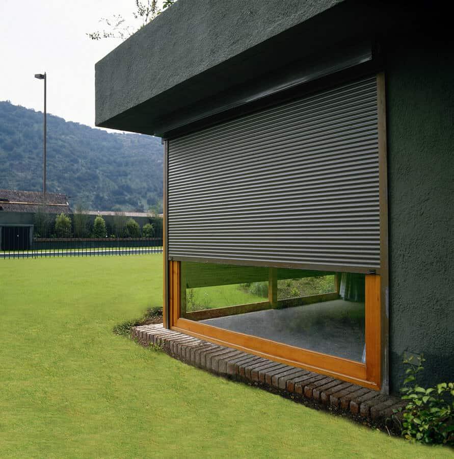 Cortinas para balcones exteriores great fabulous toldo for Cortinas exteriores