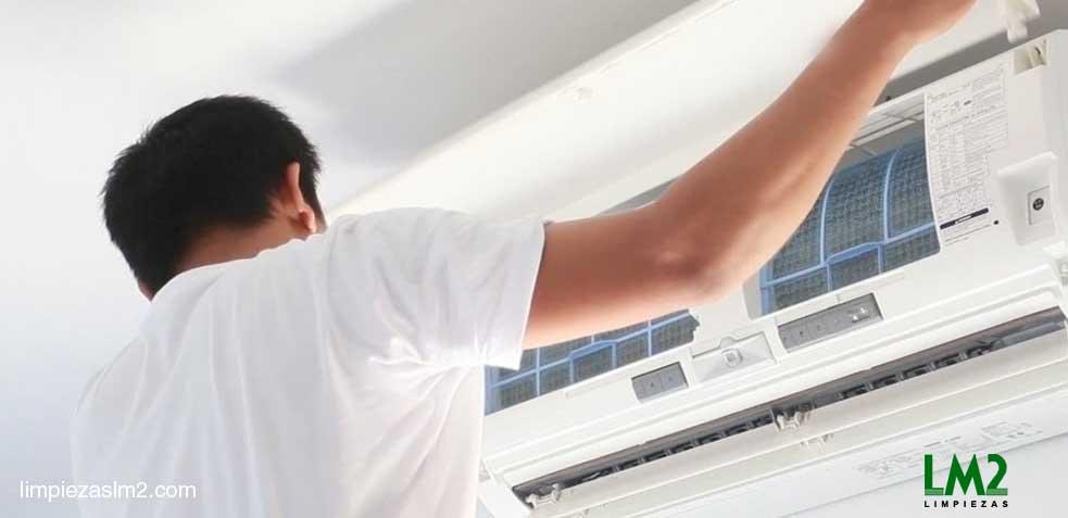 limpiar aparatos de aire acondicionado