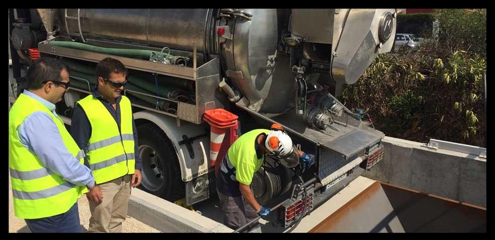 грузовики для очистки канализации