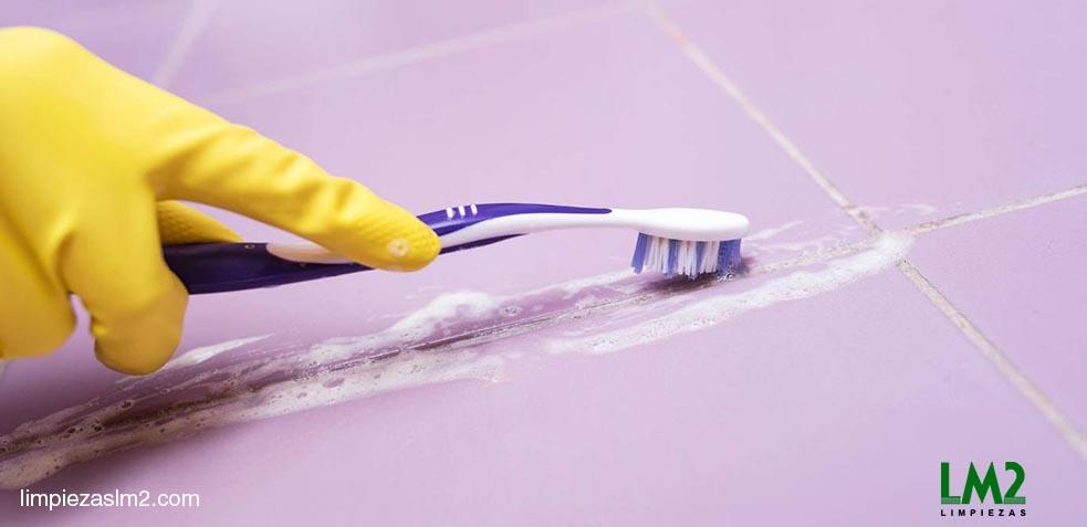 limpiar juntas azulejos