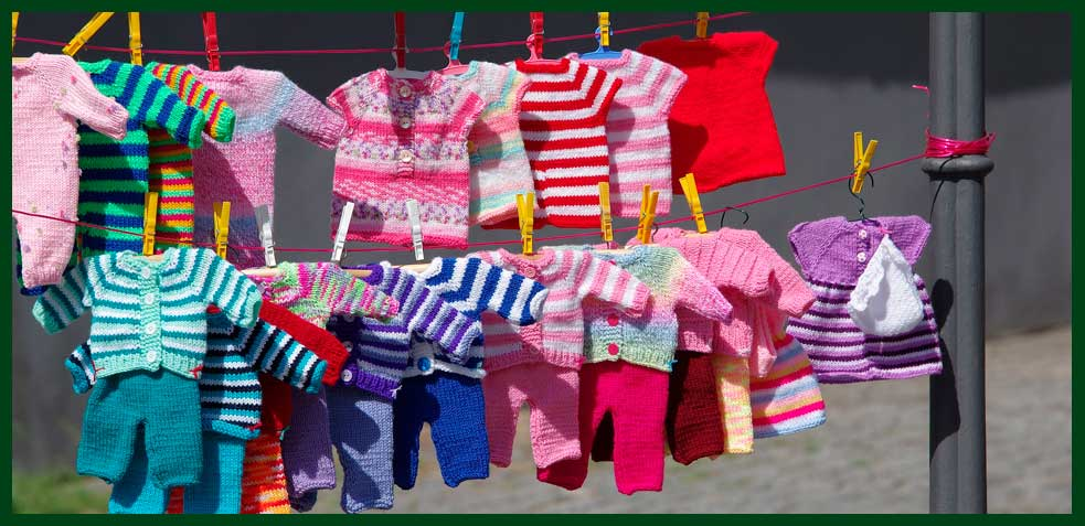eliminar-manchas-amarillas-ropa-bebe