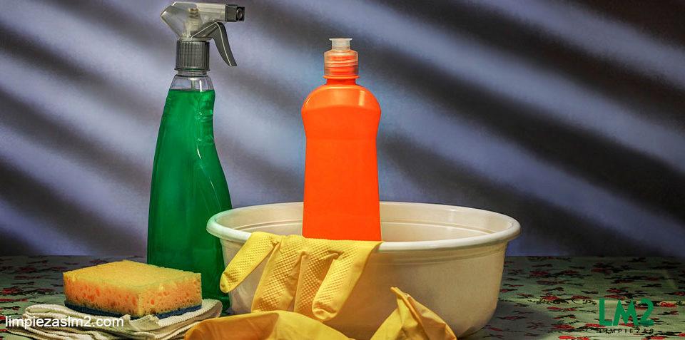 herramientas-de-limpieza-para-el-hogar